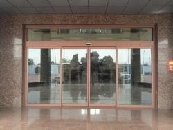 医疗器材自动门的门扇反映缓慢?